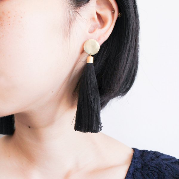 SASAI<br /> Black Tassel Earrings