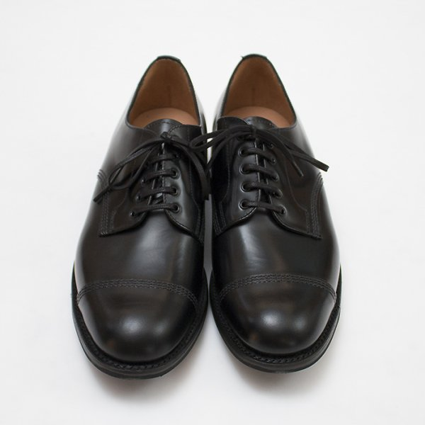 <img class='new_mark_img1' src='//img.shop-pro.jp/img/new/icons8.gif' style='border:none;display:inline;margin:0px;padding:0px;width:auto;' />SANDERS<br />MILITARY DERBY SHOE