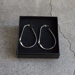 SASAI ササイ<br />Turn Hoop Earrings ターンフープイヤリング