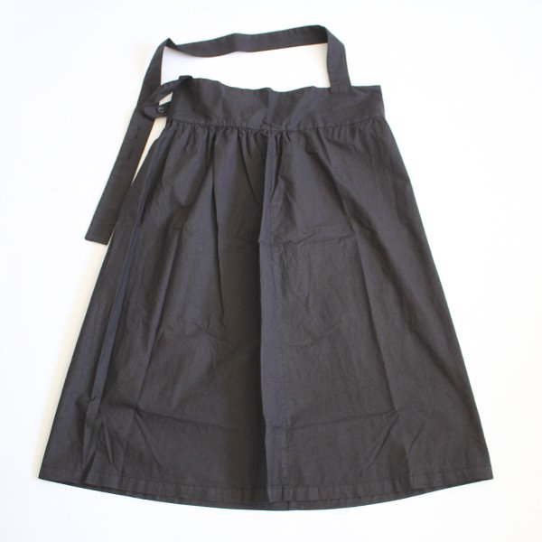 <img class='new_mark_img1' src='//img.shop-pro.jp/img/new/icons8.gif' style='border:none;display:inline;margin:0px;padding:0px;width:auto;' />YARMO ヤーモ / One Shoulder Apron Skirt ワンショルダーエプロンスカート