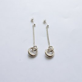 <img class='new_mark_img1' src='https://img.shop-pro.jp/img/new/icons8.gif' style='border:none;display:inline;margin:0px;padding:0px;width:auto;' />SASAI ササイ / Bond Drop Earrings