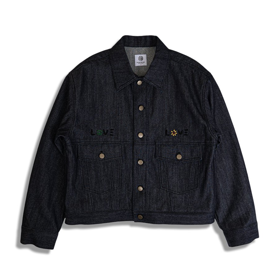 <img class='new_mark_img1' src='https://img.shop-pro.jp/img/new/icons8.gif' style='border:none;display:inline;margin:0px;padding:0px;width:auto;' />DARENIMO ダレニモ / LOVE embroidery denim trucker jacket