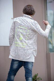 PLAYERSTOKYO 国産セミロング丈プリントカモ柄シャツ白迷彩×ネオンイエロー