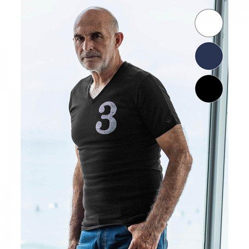 1PIU1UGUALE3 RELAX/ウノピゥウノウグァーレトレ!-ラインストーン3ロゴVネックTシャツ-