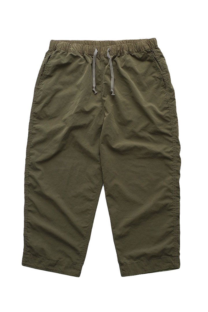 WEATHER PANTS – OLIVE|32,400円(税込)