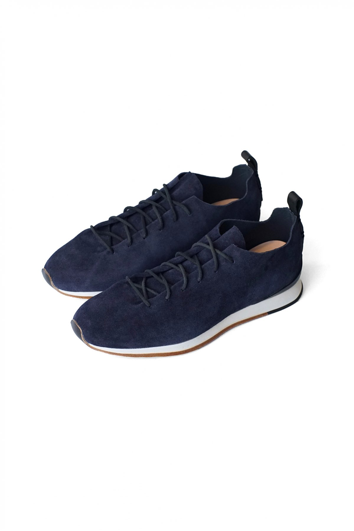 FEIT - RUNNER - MARINE - PRICE  64,900 tax-in