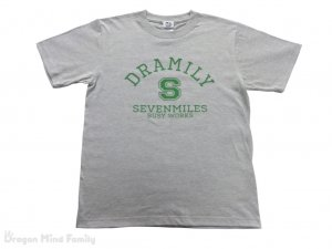 <img class='new_mark_img1' src='https://img.shop-pro.jp/img/new/icons47.gif' style='border:none;display:inline;margin:0px;padding:0px;width:auto;' />C.DRAMILY  T-SHIRT