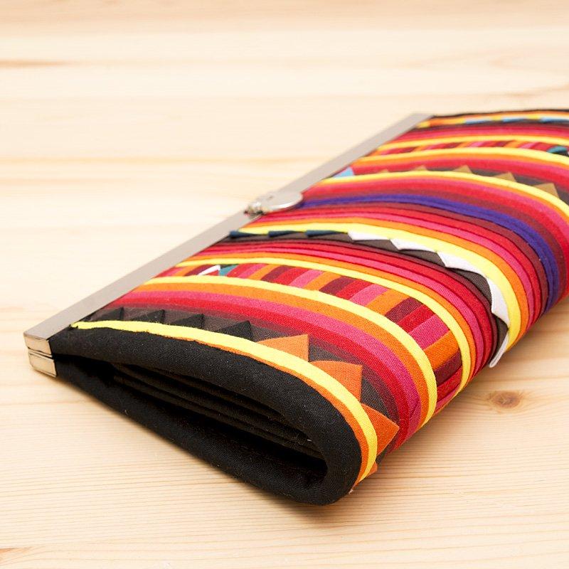 画像3:リス族 モラ刺繍ハンドメイド長財布(サバンナ)