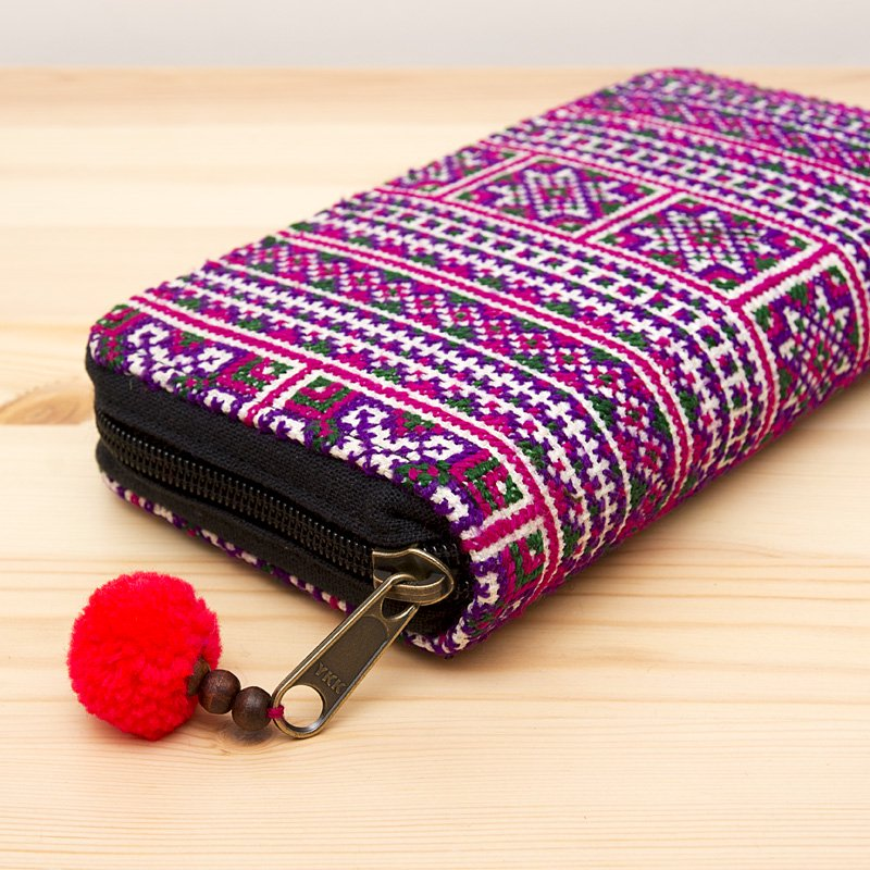 画像2:モン族刺繍のラウンドファスナー長財布(パープル)/民族ファッション/タイ雑貨