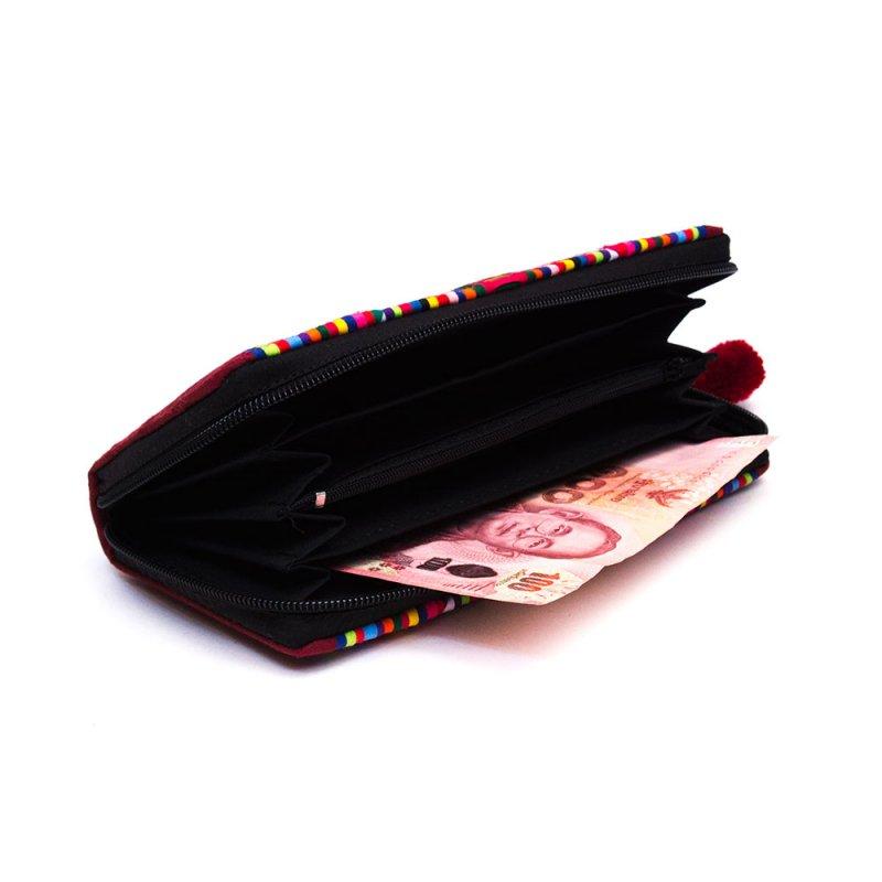 画像2:リス族 パッチワーク刺繍のラウンドファスナー長財布