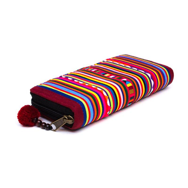 画像3:リス族 パッチワーク刺繍のラウンドファスナー長財布
