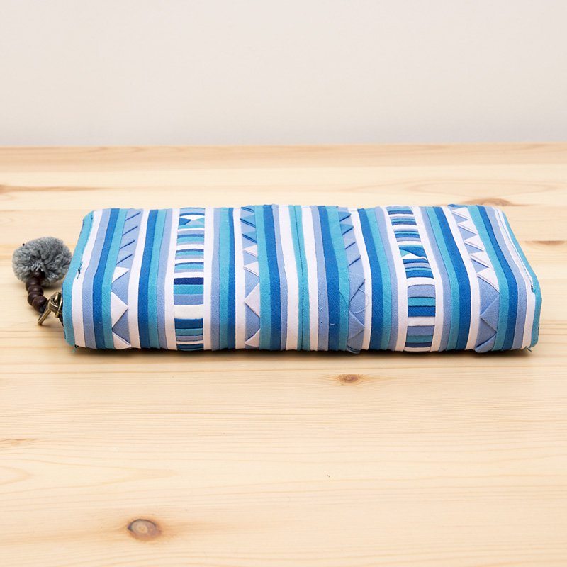 画像3:リス族モラ刺繍ロングウォレット(クールブルー)/ラウンドファスナータイプ