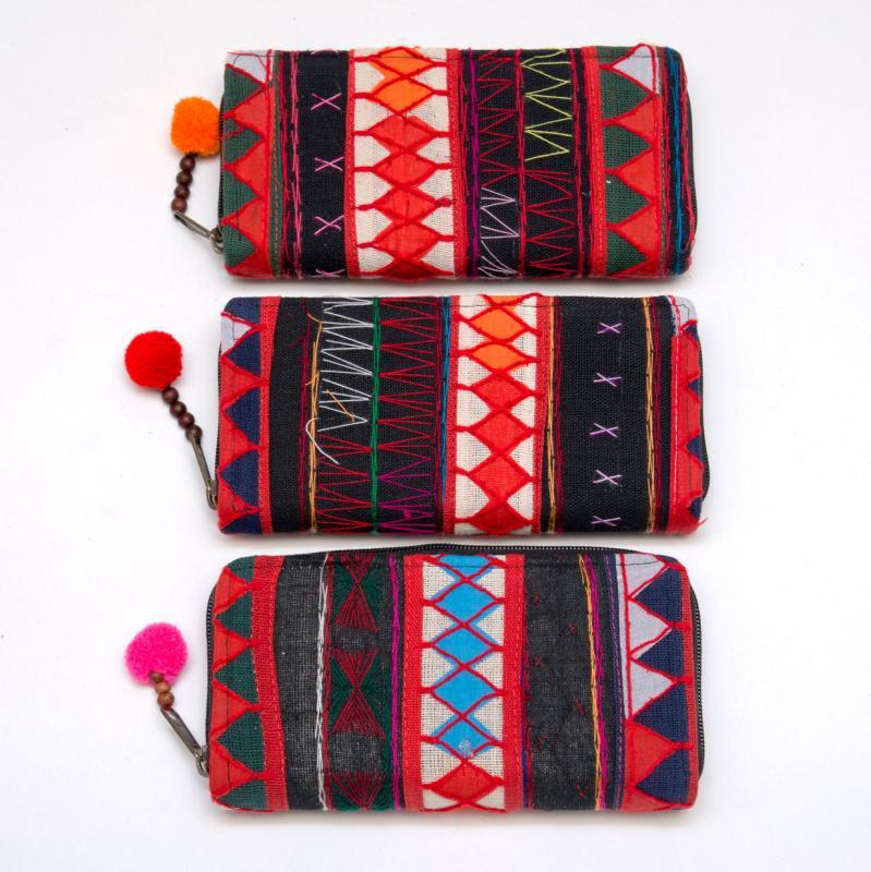 画像4:アカ族刺繍のカラフル長財布/民族雑貨/一点もの