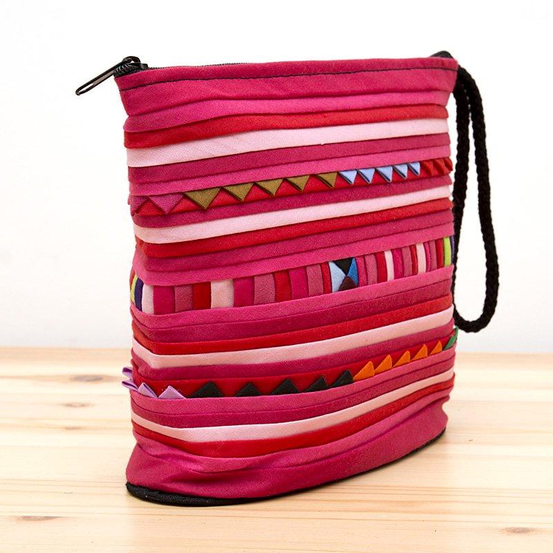 画像2:リス族刺繍のマチ付きカラフルポーチ S-size(ピンク)