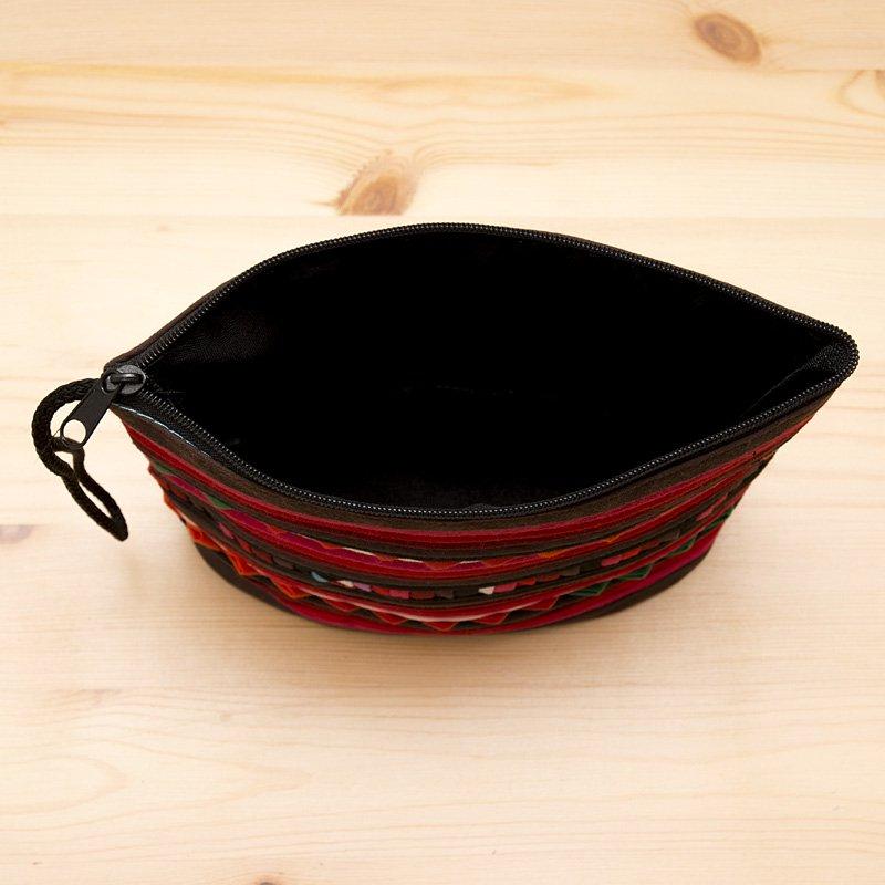 画像4:リス族刺繍のマチ付きカラフルポーチ S-size(ワインレッド)