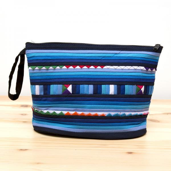 リス族刺繍のマチ付きカラフルポーチ M-size(ブルー)