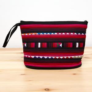 リス族刺繍のマチ付きカラフルポーチ M-size(ブラック/レッド)