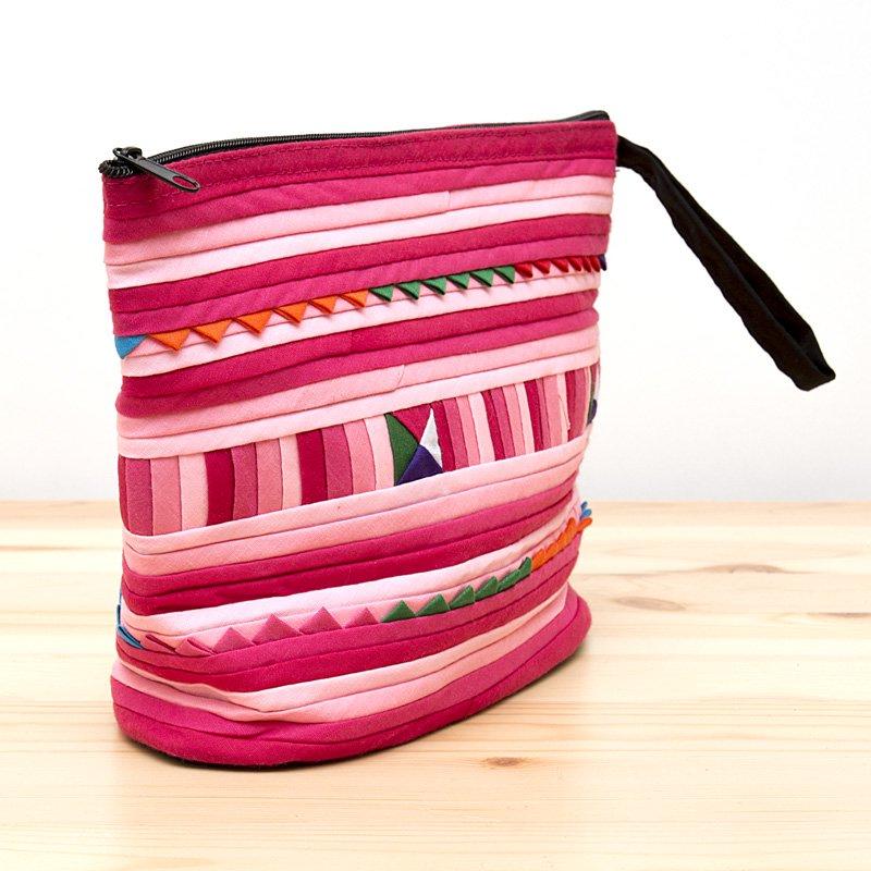 画像2:リス族刺繍のマチ付きカラフルポーチ M-size(ピンク)