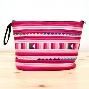 リス族刺繍のマチ付きカラフルポーチ M-size(ピンク)