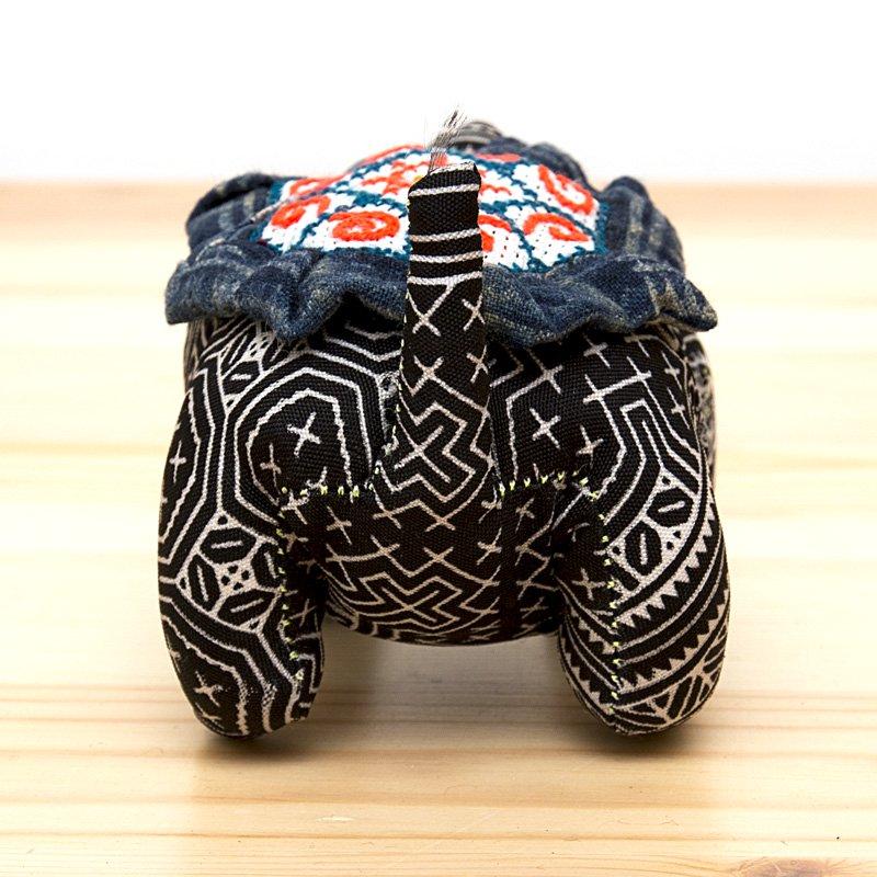 画像3:モン族刺繍 亀さんの針山/ろうけつ染め風/タイ雑貨
