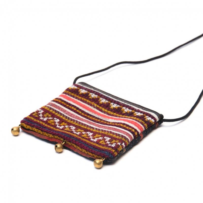 画像2:ThongPua モン族ヴィンテージ刺繍のネックポーチ Type.8