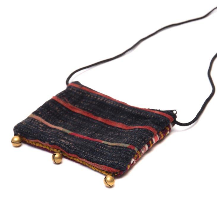 画像3:ThongPua モン族ヴィンテージ刺繍のネックポーチ Type.8