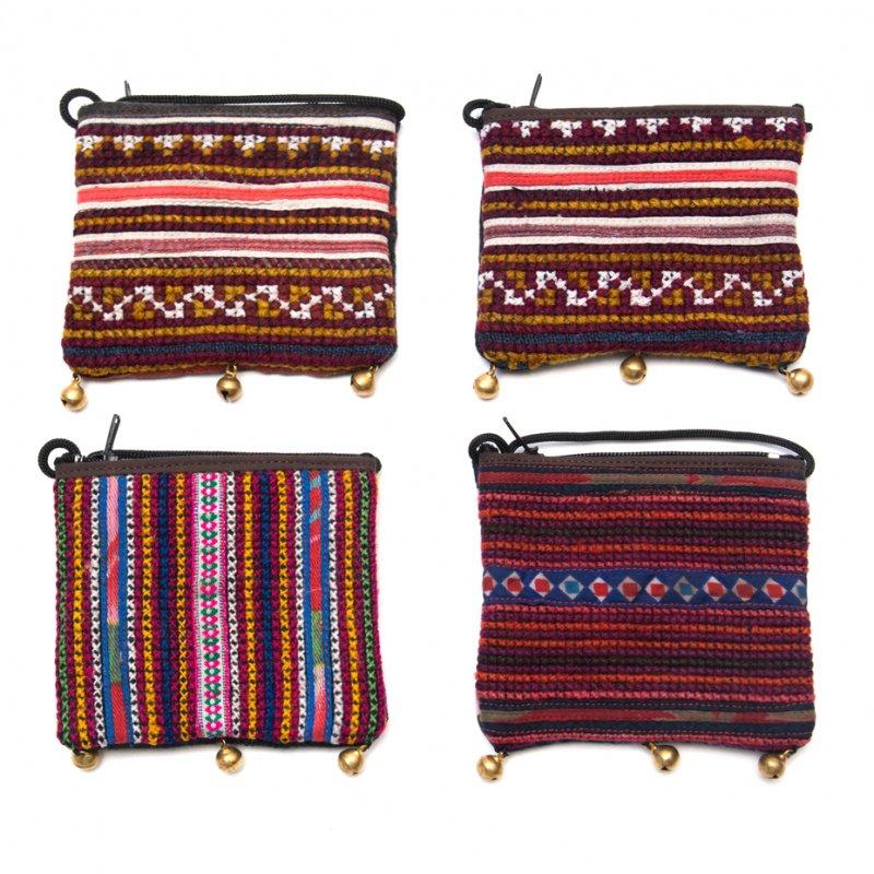 画像4:ThongPua モン族ヴィンテージ刺繍のネックポーチ Type.8