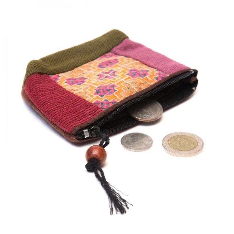 画像2:ThongPua モン族アンティーク刺繍の小物ポーチ Type.1
