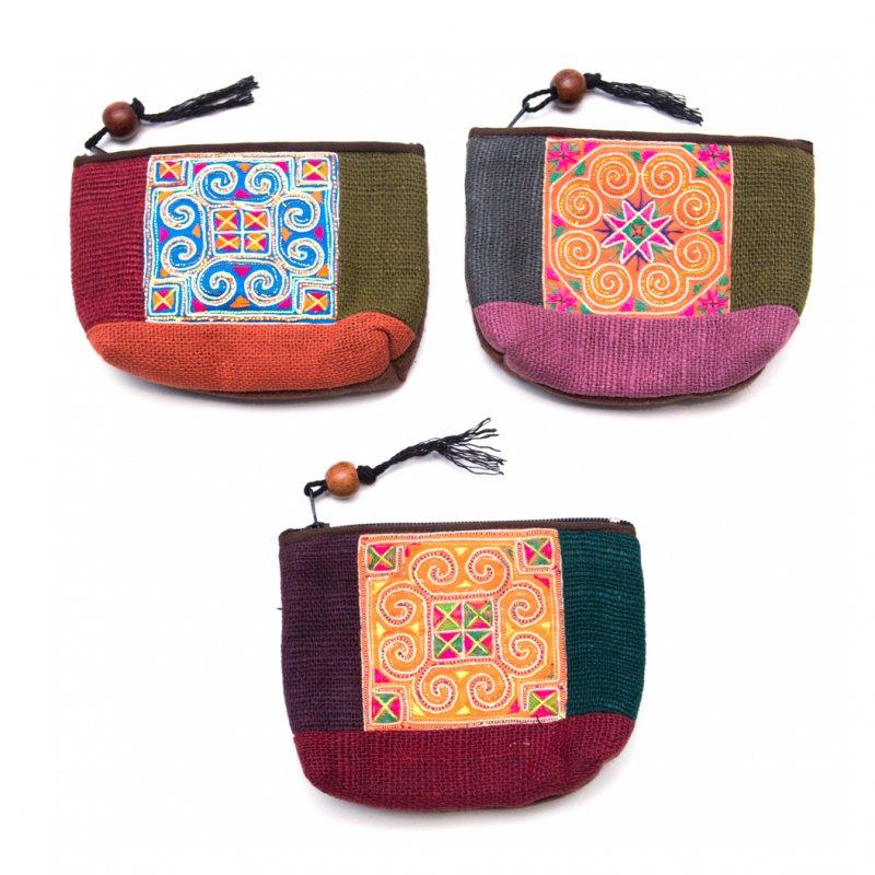画像4:ThongPua モン族アンティーク刺繍の小物ポーチ Type.2