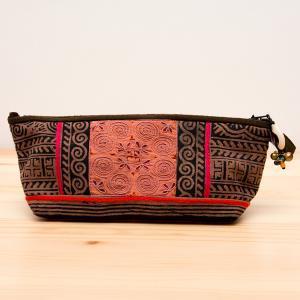 ThongPua モン族手刺繍のコスメポーチ*ペンケース