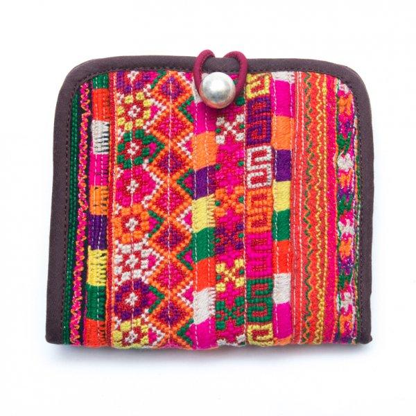 ThongPua ベトナムモン族刺繍古布の二つ折り財布 Type.1(一点もの)