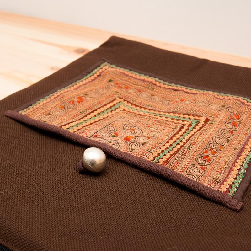 画像2:ThongPua 中国モン族(苗族)刺繍のショルダーバッグ