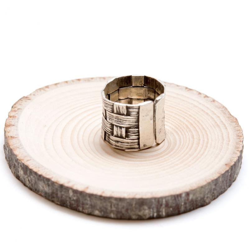 【カレン族シルバー】ゴツゴツと編み込まれた重厚感のあるシルバーリング