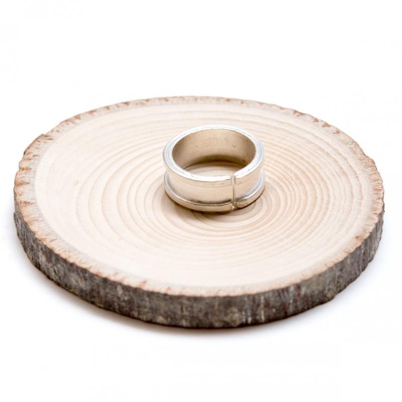 画像2:【カレン族シルバー リング】シンプルながらも手仕事の温もりが感じられる指輪