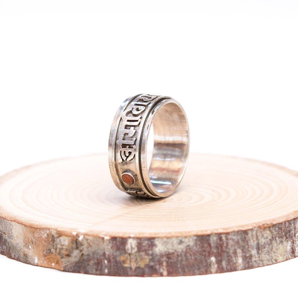 画像3:チベット密教仏具 ドルジェ/金剛杵が刻まれた重厚なシルバーリング(指輪)