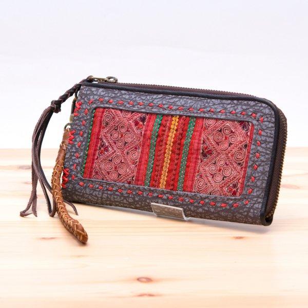 Rangmai 中国モン族(苗族)ヴィンテージ刺繍のレザーウォレット