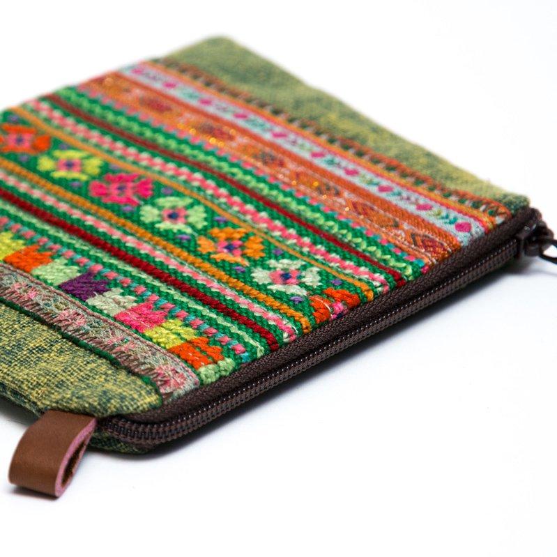 Rangmai モン族のヴィンテージ刺繍(角形)ポーチ Type.1
