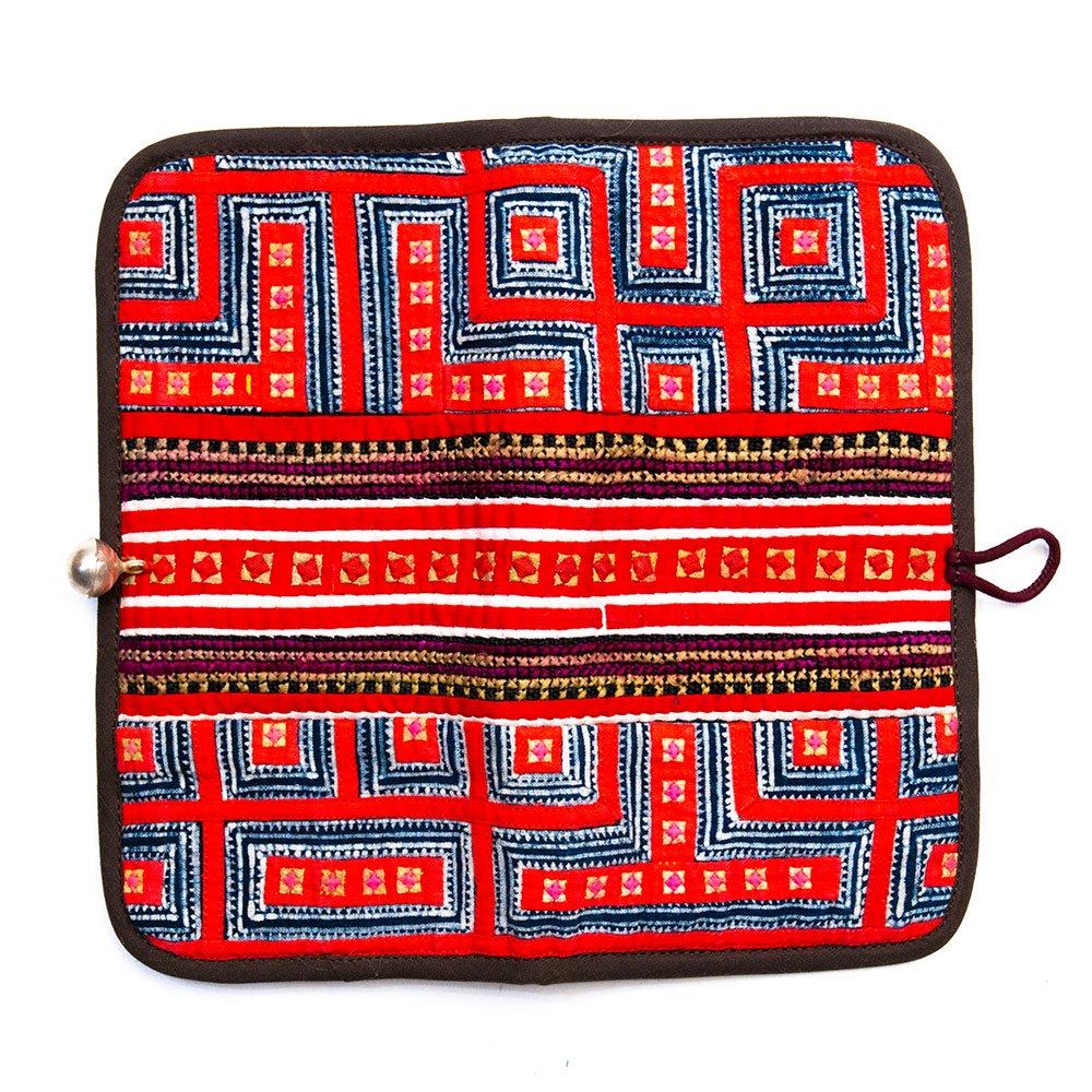 画像4:ThongPua モン族刺繍古布のロングウォレット Type.3(一点もの)