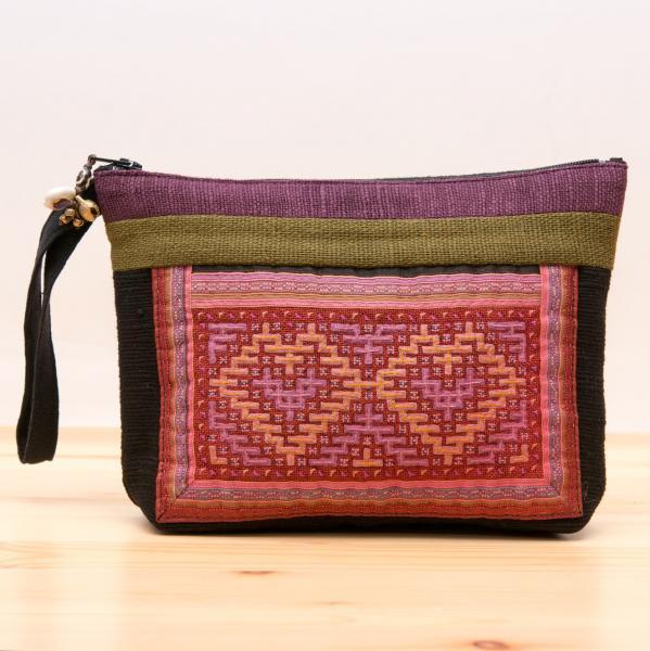 ThongPua モン族民族刺繍古布のバッグインバッグ Type2