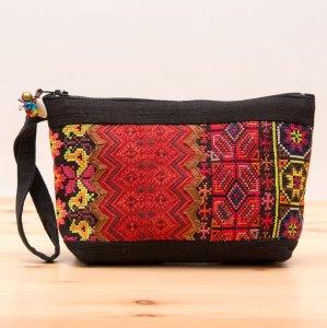 ThongPua モン族民族刺繍古布の化粧ポーチ(ブラック)