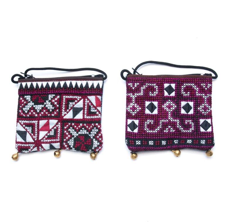 画像4:ThongPua モン族ヴィンテージ刺繍のネックポーチ Type.4