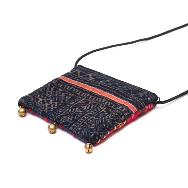 画像3:ThongPua モン族ヴィンテージ刺繍のネックポーチ Type.6