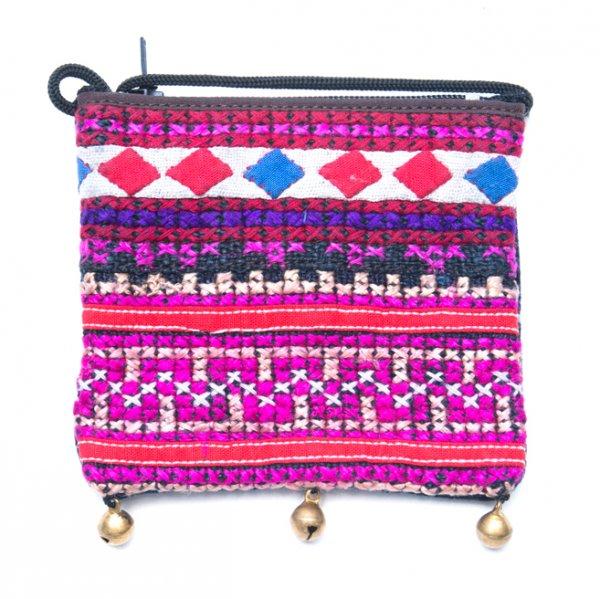 ThongPua モン族ヴィンテージ刺繍のネックポーチ Type.1
