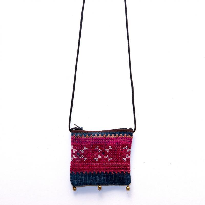 画像4:ThongPua モン族ヴィンテージ刺繍のネックポーチ Type.10