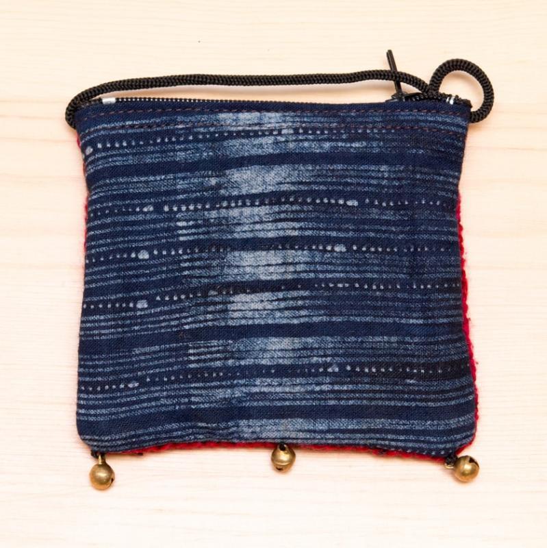 画像3:ThongPua モン族ヴィンテージ刺繍のネックポーチ Type.12