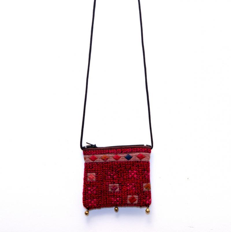 画像4:ThongPua モン族ヴィンテージ刺繍のネックポーチ Type.12