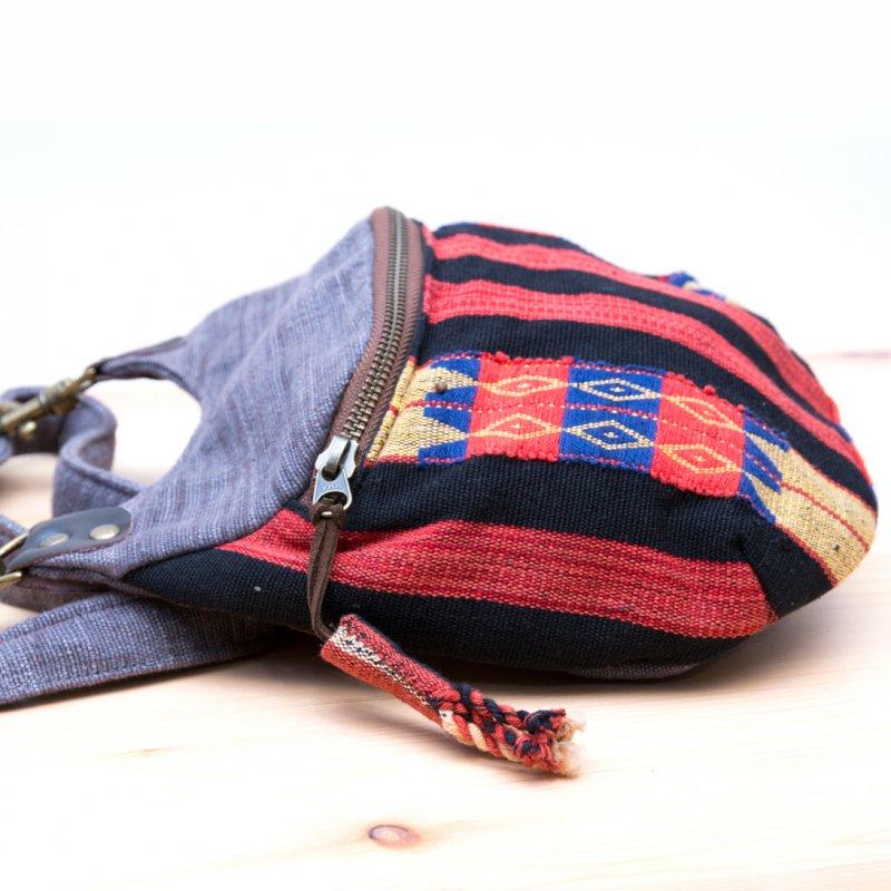 画像2:THANGEN ナガ族刺繍のショルダーポシェット Type.1