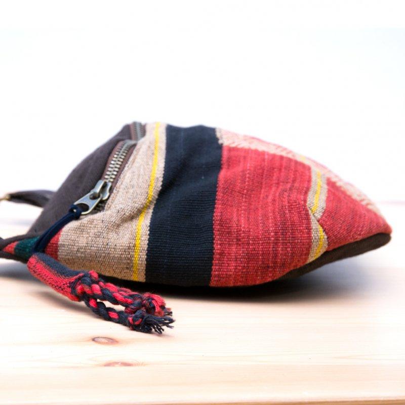 画像2:THANGEN ナガ族刺繍のショルダーポシェット Type.2