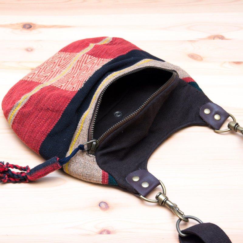 画像4:THANGEN ナガ族刺繍のショルダーポシェット Type.2