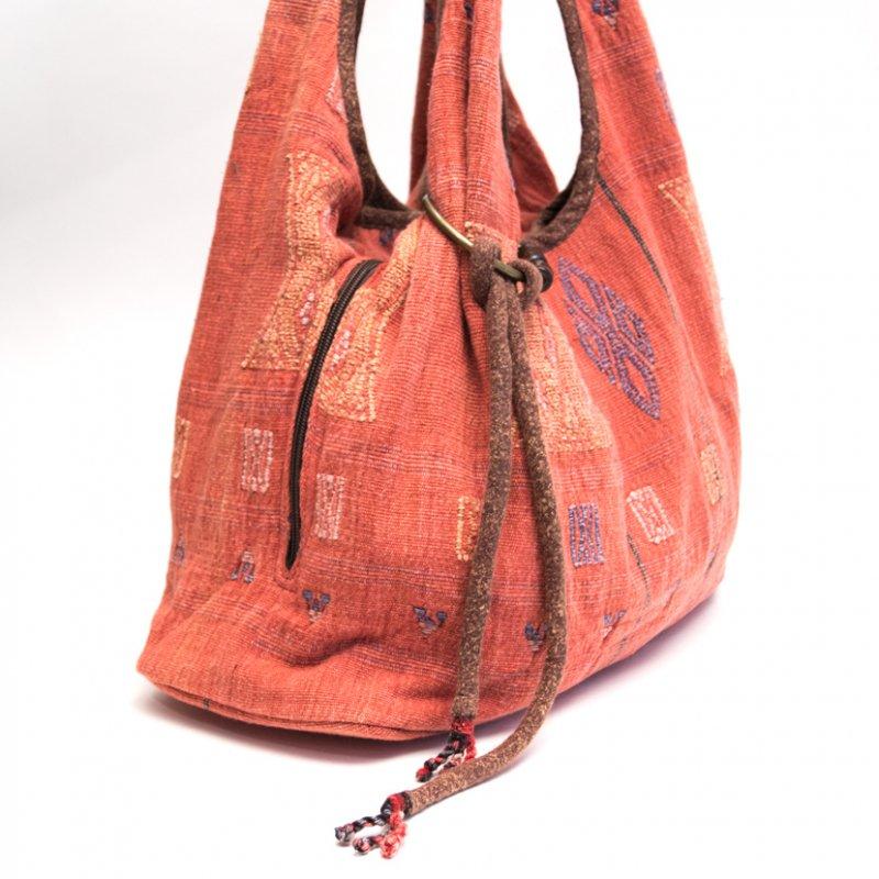 画像2:THANGEN ナガ族刺繍のショルダーバッグ(レッド)